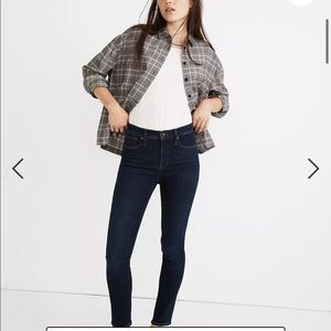 """Madewell 9"""" Mid-Rise Skinny Jeans in Orland Wash"""